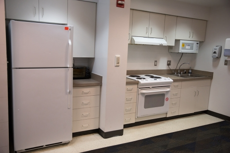 Traditional Rooms: Potomac Hall, Community Kitchen